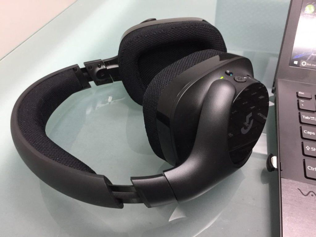 Игровые беспроводные наушники Logitech G533