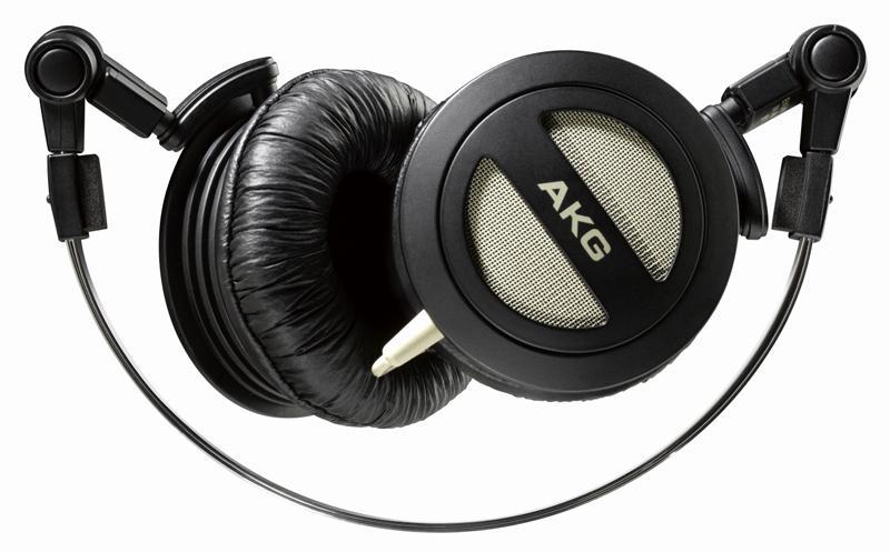 AKG K 404