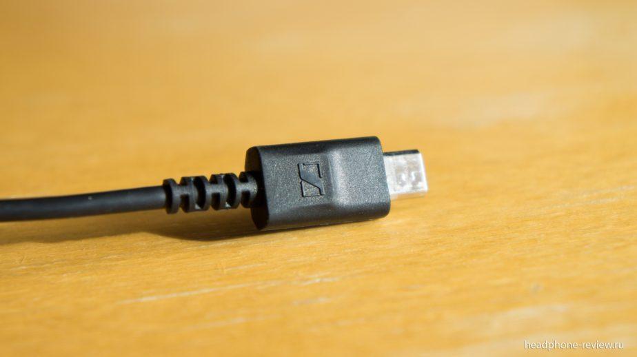 USB порт подключения игровой гарнитуры Sennheiser GSP 350 к донглу объёмного виртуального звука