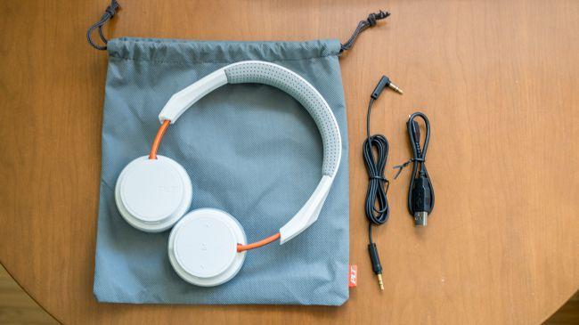 Чехол и провода беспроводных наушников Plantronics BackBeat 500