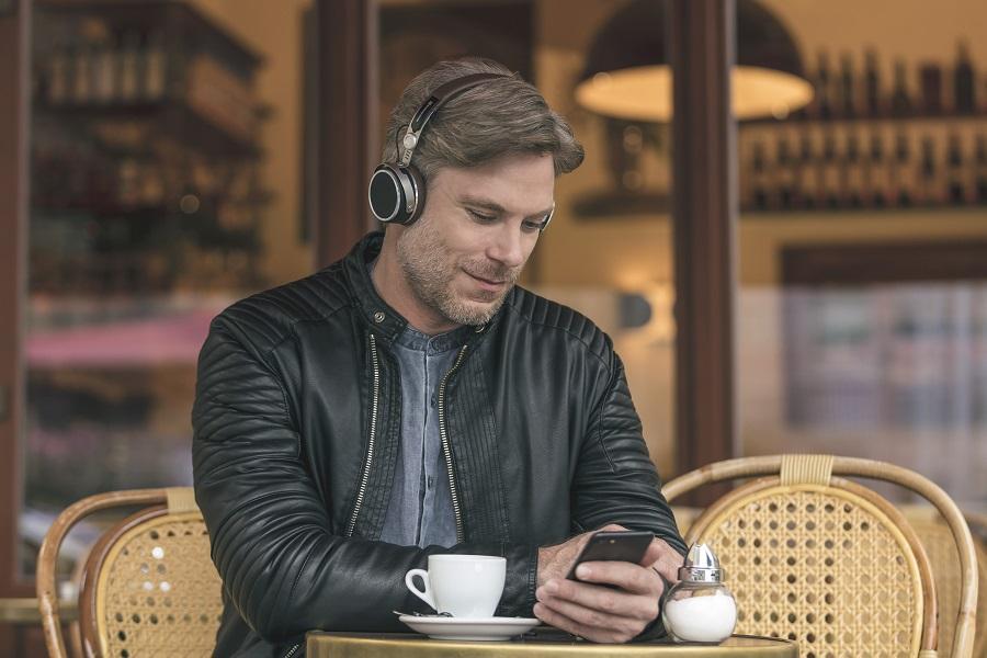 Bluetooth наушники не подключаются к телефону и не видят его