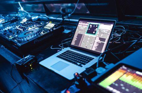 Виртуальный объёмный звук Dolby Atmos
