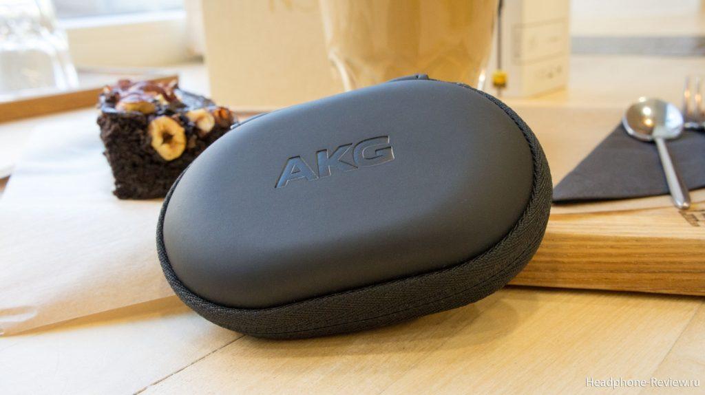 Комплектный кейс наушников AKG N30