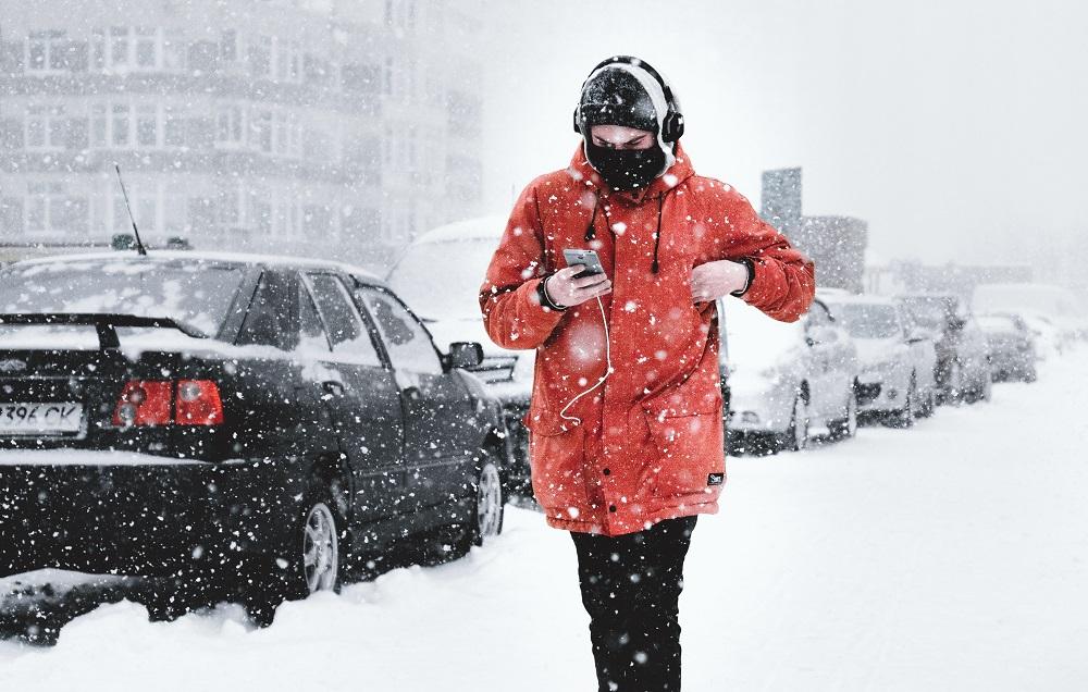 Для продления жизни наушников не используйте их на холоде