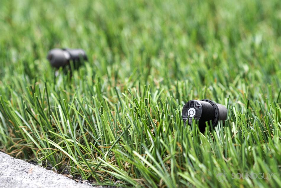 Беспроводные наушники Rowkin Ascent Charge+, которые очень долго живут от одного заряда аккумулятора