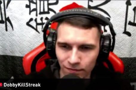 Стример DobbyKillStreak в наушниках Sennheiser HD-215