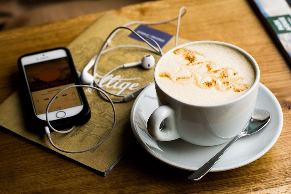Слушать подкасты из iTunes можно на телефонах с Android