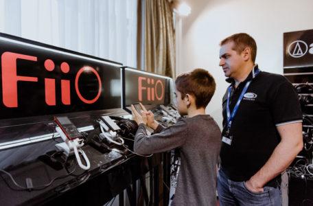 Стенд FiiO на выставке Hi-Fi & Hi-End Show