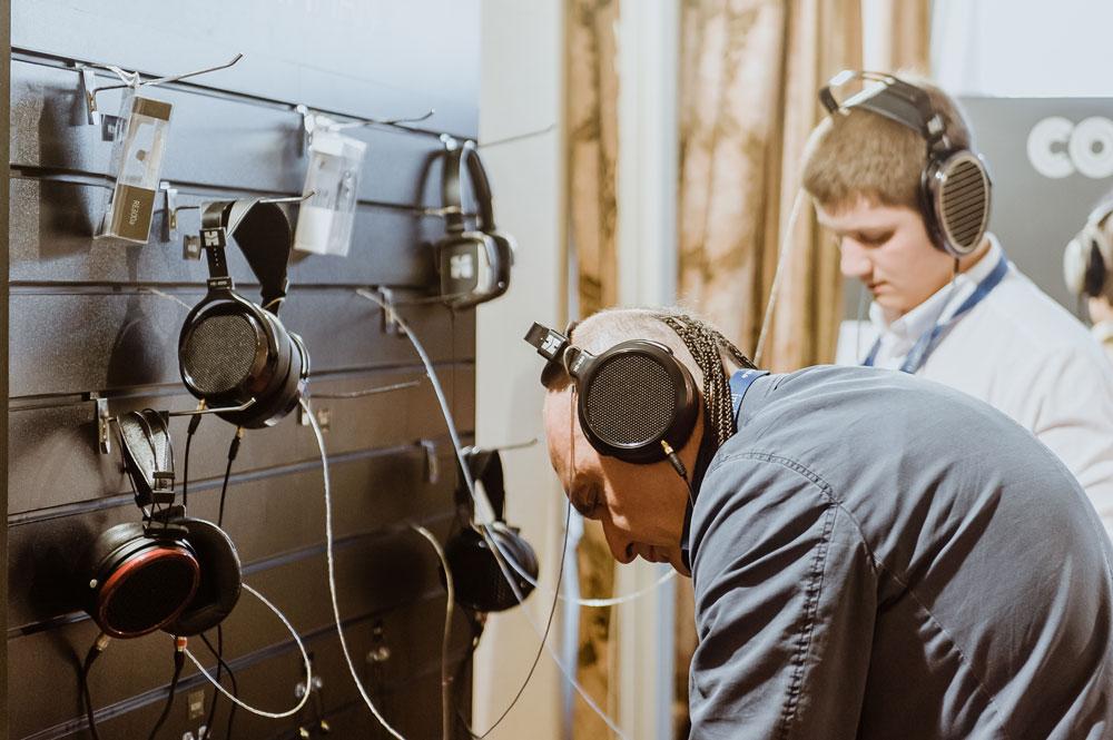 Стенд MrSpeaker на выставке Hi-Fi & Hi-End Show