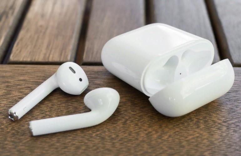 AirPods вызывают фобии: 4 ситуации, которых боятся их владельцы