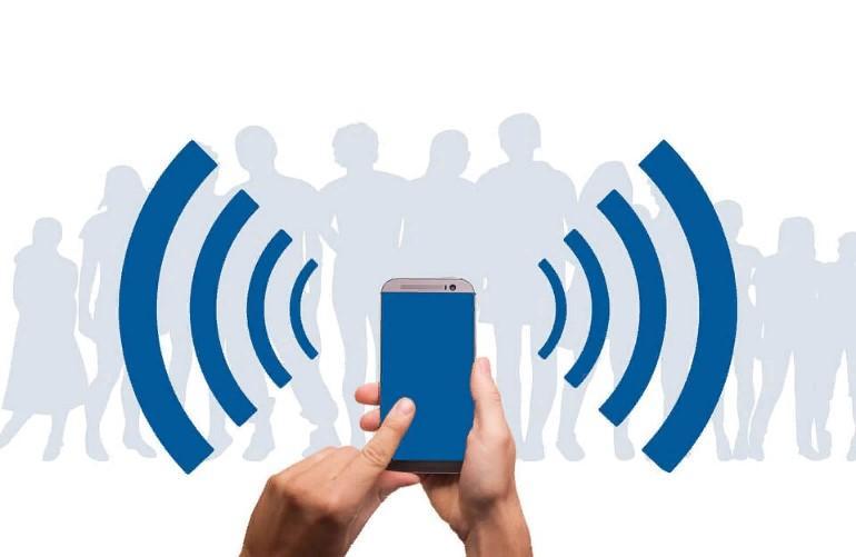 Почему опасно пользоваться Wi-Fi в общественном транспорте