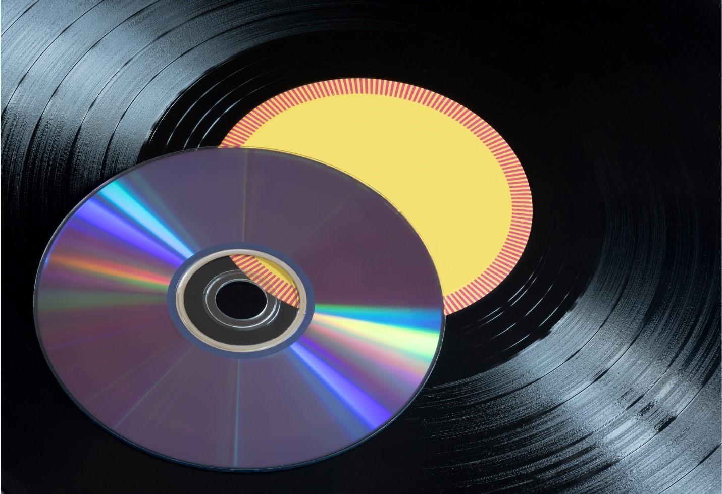 Американец приобрел почти миллион дисков для создания стримингового сервиса