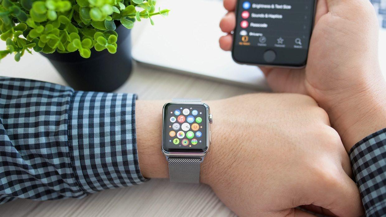 Почему телефон не распознает смарт-часы