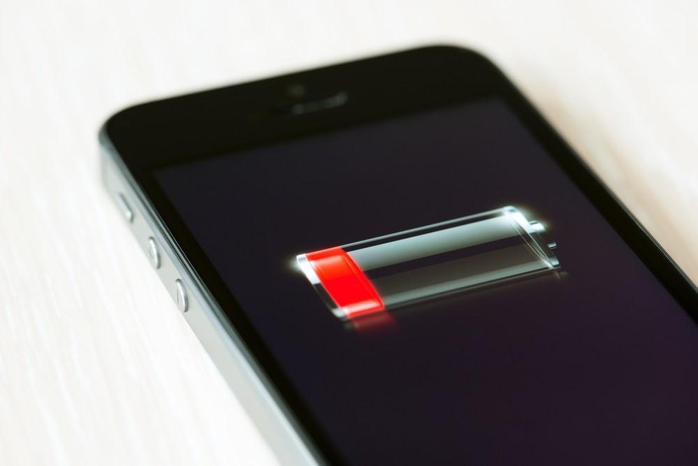 Как быстро зарядить севший телефон, если нет зарядки