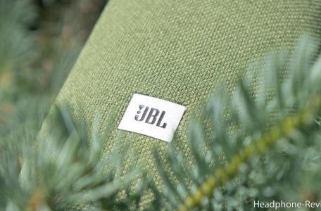Портативная колонка JBL Link Portable Yandex