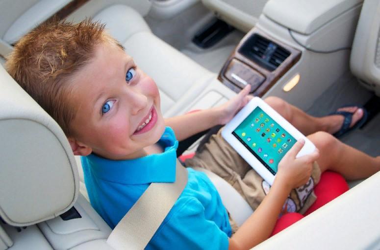 Можно ли маленьким детям пользоваться современными гаджетами