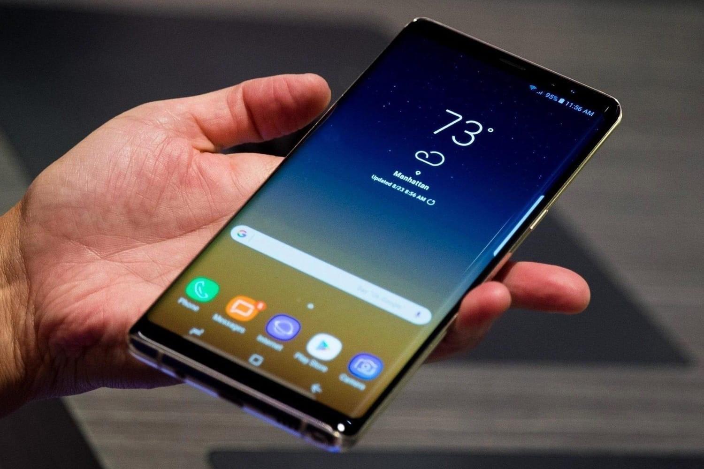 Как можно отличить оригинальную модель телефона Samsung Galaxy от подделки